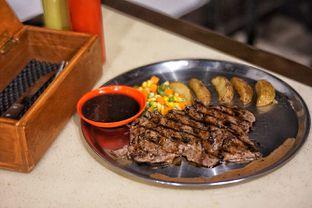 Foto 1 - Makanan(Tenderloin Steak) di Jumbo Eatery oleh Fadhlur Rohman