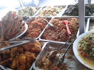 Foto 6 - Makanan di Sop Soto Betawi Sobariah oleh Ineke Fatmawati