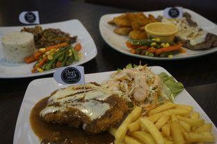 Foto 19 - Makanan di RAY'S Steak & Grill oleh yudistira ishak abrar
