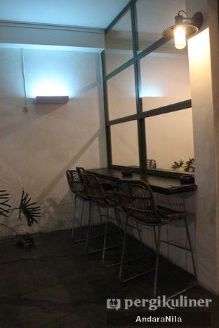 Foto 8 - Interior di Ethos Coffee oleh AndaraNila