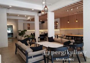 Foto 7 - Interior di Narasi Coffee oleh UrsAndNic