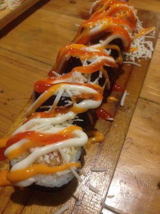Foto 1 - Makanan di OTW Sushi oleh Dianty Dwi