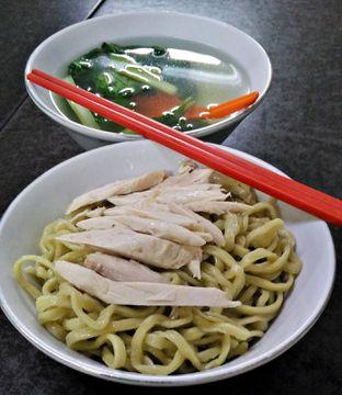 Foto - Makanan(Bakmie Ayam) di Mie Ayam Abadi oleh Adi Putra