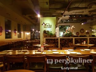 Foto 8 - Interior di Up In Smoke oleh Ladyonaf @placetogoandeat