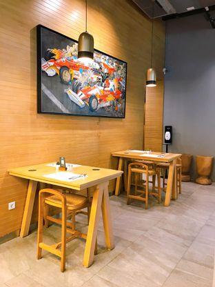 Foto 16 - Interior di KFC Naughty by Nature oleh yudistira ishak abrar