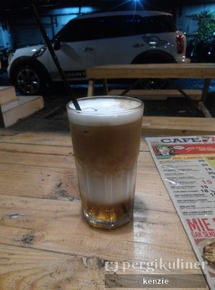 Foto 1 - Makanan(Ice Macchiato) di Coffee Lamer oleh kekenz