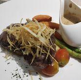 Foto Sirloin Steak di Spice Restaurant - Oakwood Hotel & Residence Surabaya