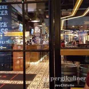 Foto 4 - Interior di Pizza E Birra oleh JC Wen