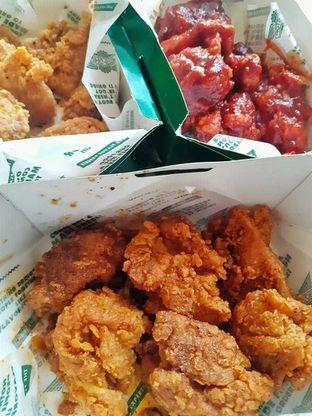 Foto 1 - Makanan di Wingstop oleh duocicip