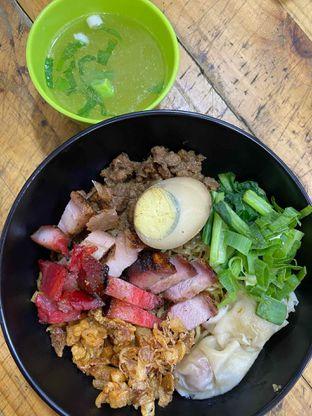 Foto review Nasi Campur Tri Bukit oleh Yohanacandra (@kulinerkapandiet) 3