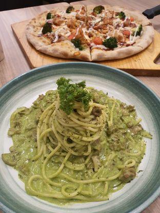 Foto 1 - Makanan di Pizza Maru oleh Olivia