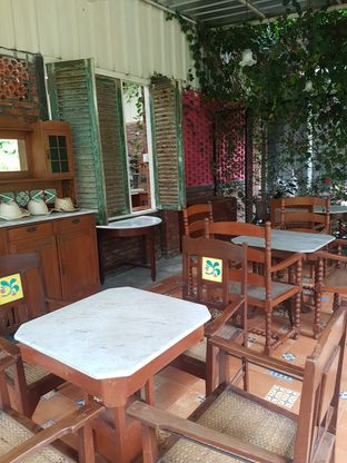 Foto 4 - Interior di Imah Nini Cafe & Galery oleh Andry Tse (@maemteruz)