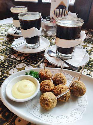 Foto 3 - Makanan di Cafe Batavia oleh iminggie