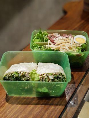 Foto 4 - Makanan di Crunchaus Salads oleh Amrinayu