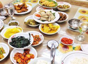 8 Rumah Makan Padang Paling Juara di Jakarta