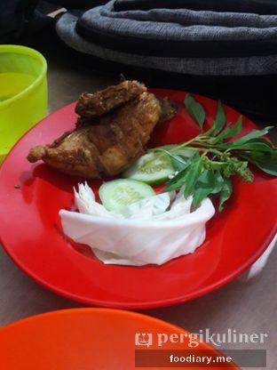 Foto 2 - Makanan di Nasi Uduk Pak Jhon oleh @foodiaryme | Khey & Farhan
