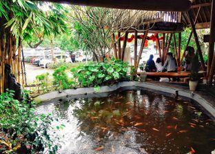 Foto 8 - Interior di Gubug Makan Mang Engking oleh Astrid Huang | @biteandbrew