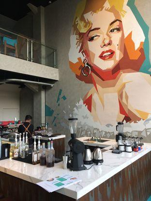 Foto 6 - Interior di Maketh Coffee & Eatery oleh Elvira Sutanto