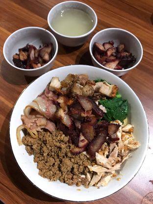 Foto 1 - Makanan di Ncek Legenda Noodle Bar oleh FOODIARYPAOPAO