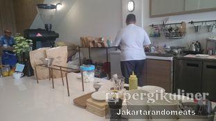 Foto 6 - Interior di The Caffeine Dispensary oleh Jakartarandomeats