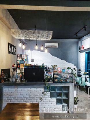 Foto 1 - Interior di Meanwhile Coffee oleh Saepul Hidayat