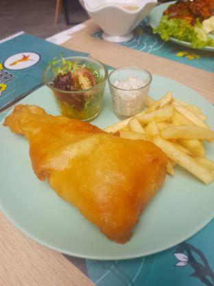 Foto 2 - Makanan(Fish&Chips) di Colibri Cafe & Bakery oleh Fika Sutanto