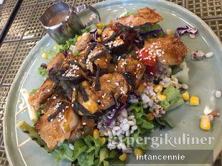 Foto 3 - Makanan di Burgreens Express oleh bataLKurus
