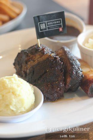Foto 2 - Makanan di The Holyribs oleh Selfi Tan