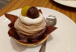 Foto 5 - Makanan(mont blanc) di Chateraise oleh maysfood journal.blogspot.com Maygreen