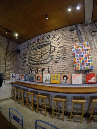 Foto 5 - Interior di Filosofi Kopi oleh Pria Lemak Jenuh