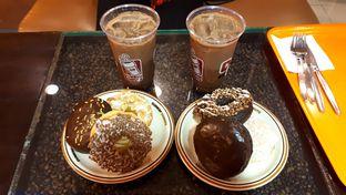 Foto review Dunkin' Donuts oleh Stephanie Angel 1