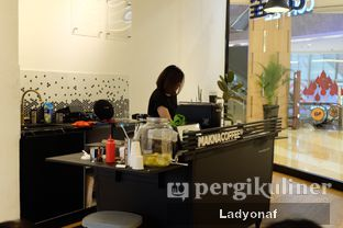Foto 9 - Interior di Makna Coffee oleh Ladyonaf @placetogoandeat