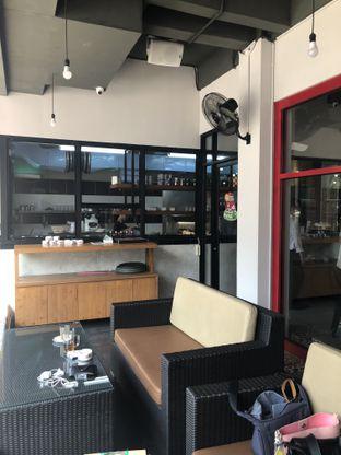 Foto 6 - Interior di Fei Cai Lai Cafe oleh Nanakoot