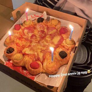 Foto - Makanan di Pizza Hut oleh nurululfaf