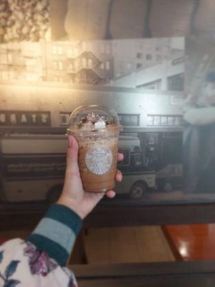 Foto 2 - Makanan di Starbucks Coffee oleh Risyah Acha
