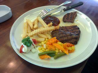 Foto Makanan di Kedai Nyonya Rumah