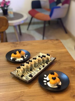 Foto 7 - Makanan(Spicy Salmon Roasted Boba) di Baiza Sushi oleh YSfoodspottings