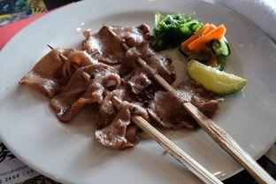 Foto 9 - Makanan(Wagyu Tongue Kushiyaki ) di Enmaru oleh Pengembara Rasa