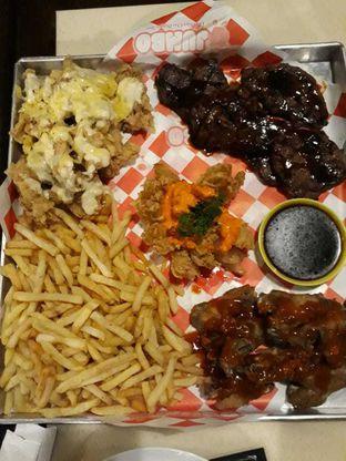 Foto 1 - Makanan di Jumbo Eatery oleh Tristo