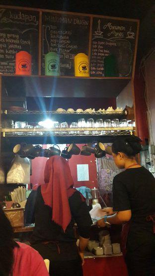 Foto 6 - Interior di Kopi Oey oleh Chrisilya Thoeng