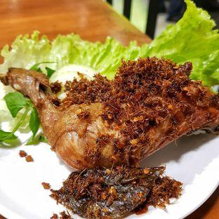 Foto 2 - Makanan di Sambal Khas Karmila oleh Widya WeDe