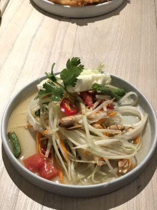 Foto 2 - Makanan(Som tam) di Khao Khao oleh Patricia.sari