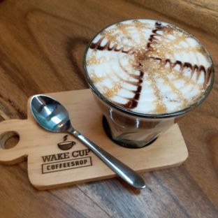 Foto 3 - Makanan(caramel macchiato) di Wake Cup Coffee & Eatery - Grand Sovia Hotel Bandung oleh Kuliner Limited Edition