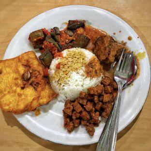 Foto 2 - Makanan di Warung Mas Indra oleh Alexander Michael