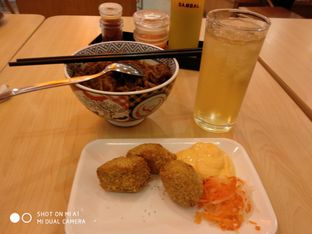 Foto 1 - Makanan di Yoshinoya oleh Devi Kwik