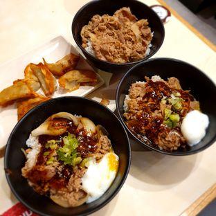 Foto 1 - Makanan di Sukiya oleh BiBu Channel