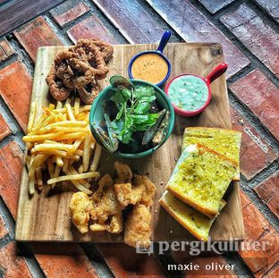 Foto 2 - Makanan(Share Platter) di Anterograde oleh Drummer Kuliner