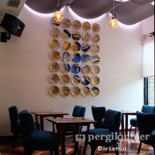 Foto 8 - Interior di Adamar Asian Bistro oleh Darsehsri Handayani