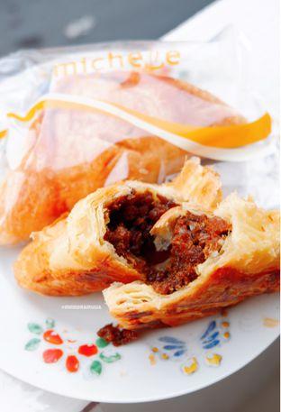 Foto - Makanan di Michelle Bakery oleh Indra Mulia