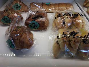 Foto 9 - Makanan di Home Made Bakery oleh Deasy Lim